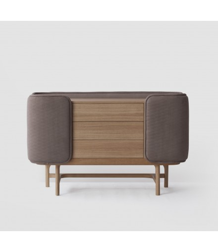 4220/26 CHEST OF DRAWERS